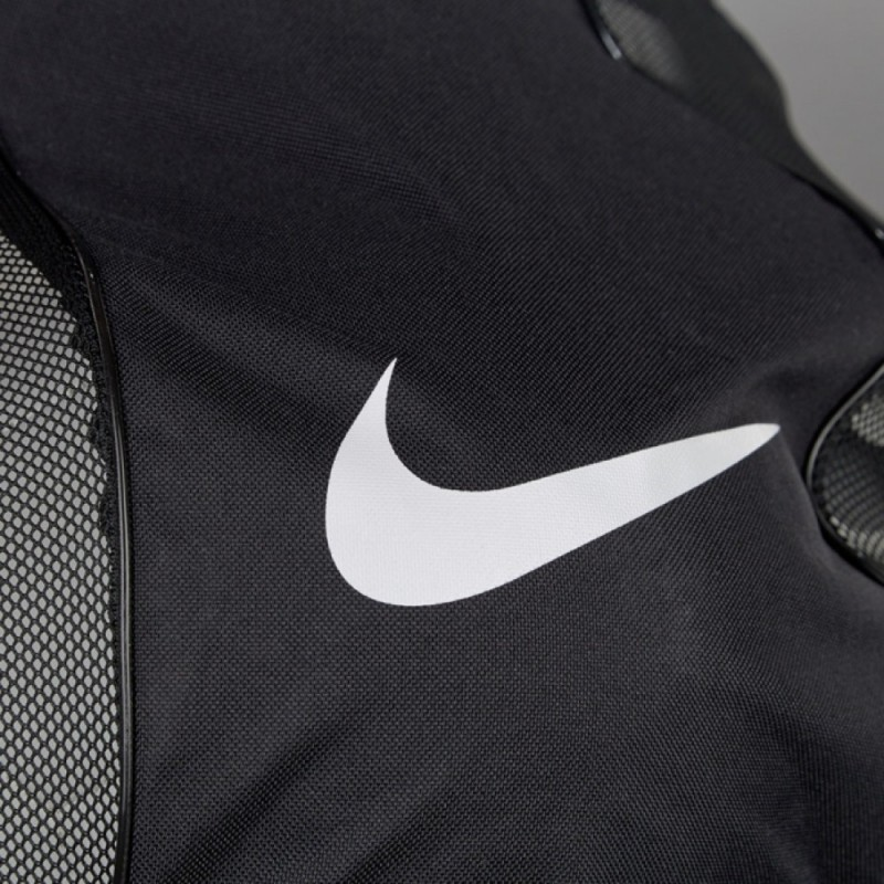 Спортивная сумка Nike Club Team Swoosh Ball Bag BA5200-010