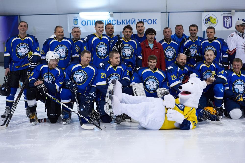 Пошив хоккеек для команды на TotalSport.ua