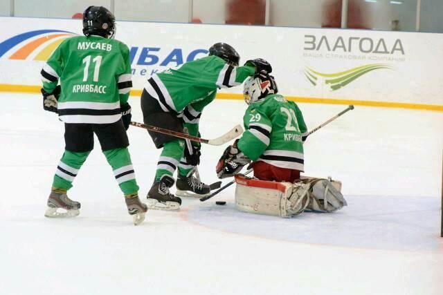 Хоккейки пошив зеленая форма
