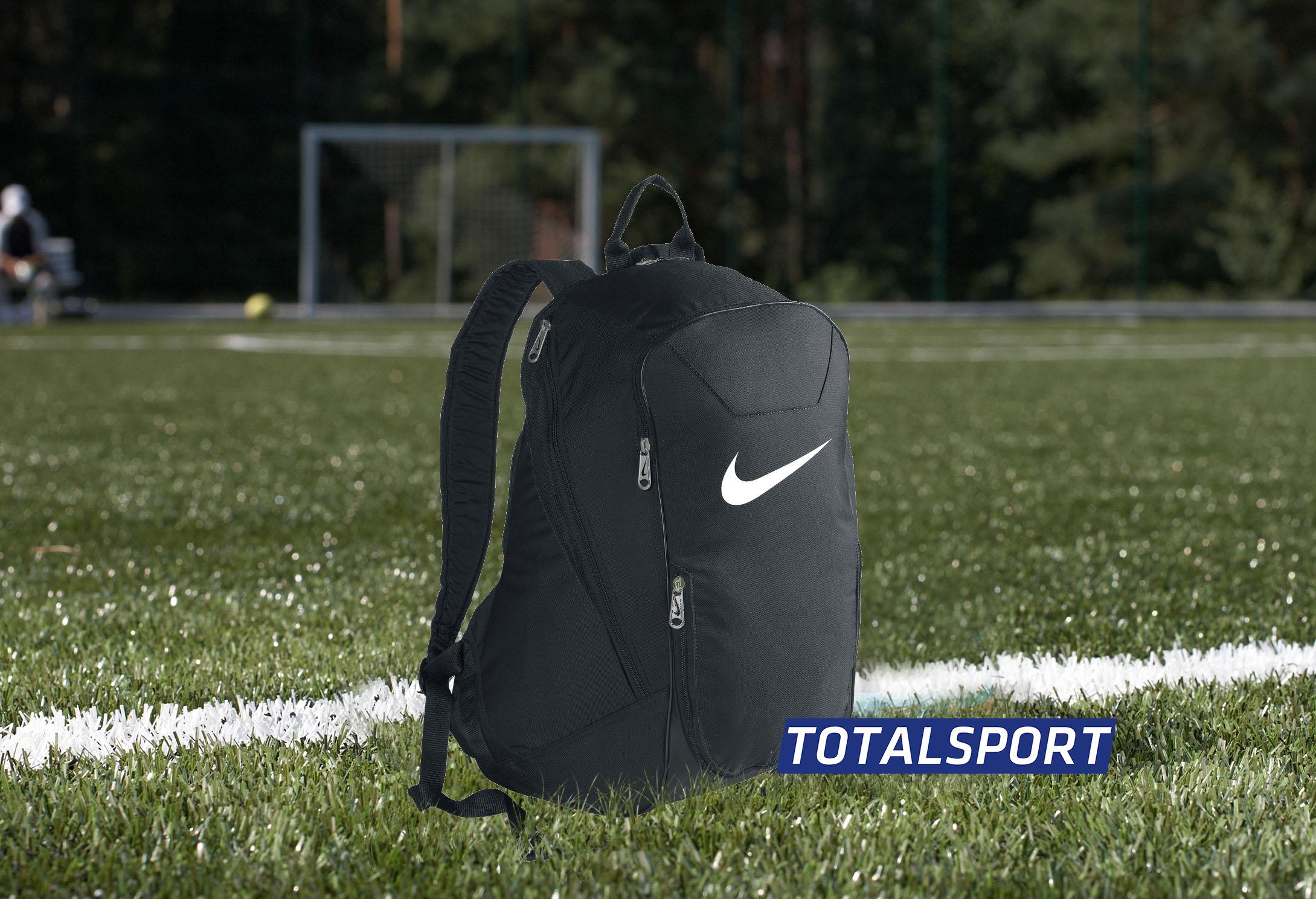 футбольный рюкзак Nike