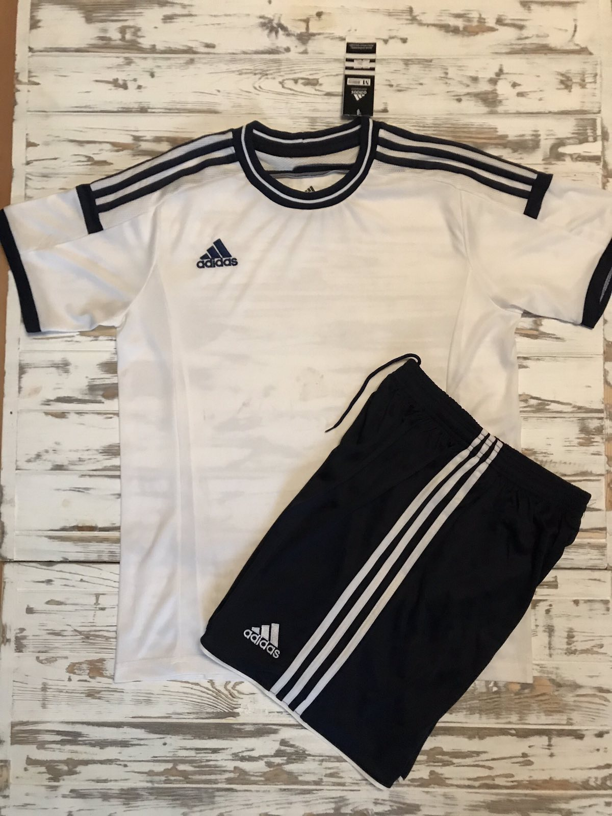 Футбольная форма Adidas 2021 бело-черная