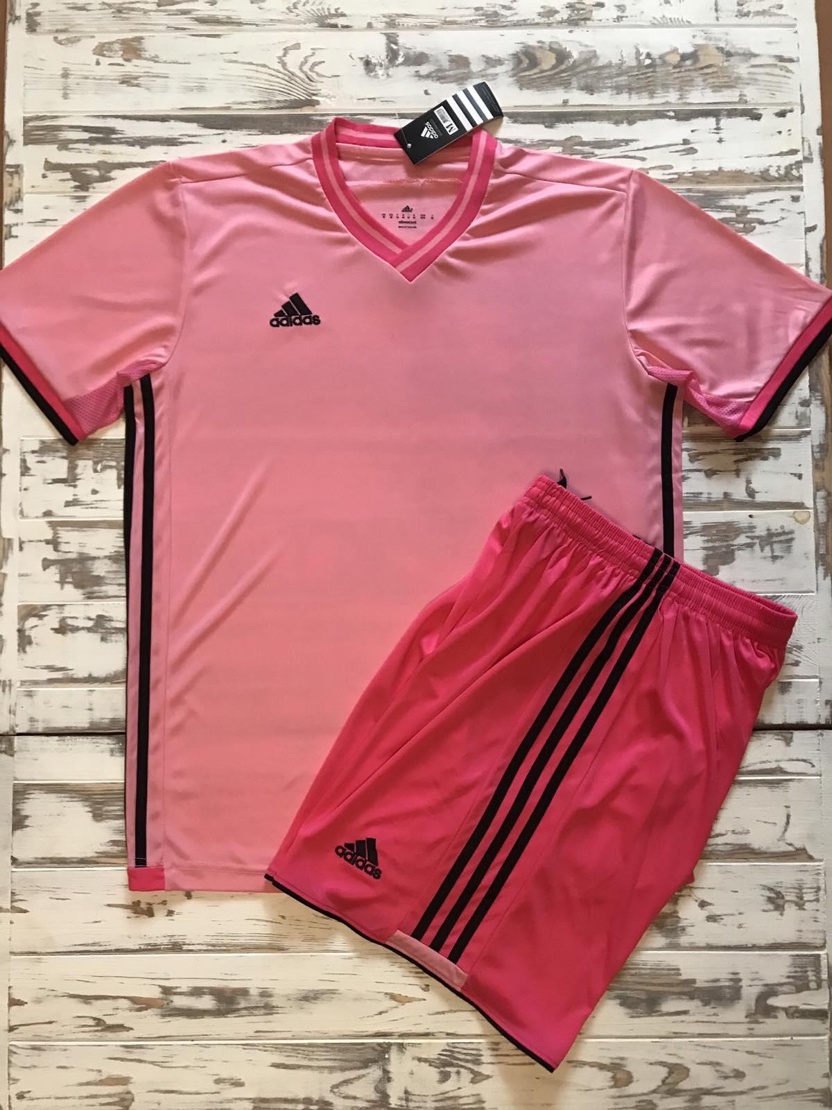 Футбольная форма Adidas 2021 розовая