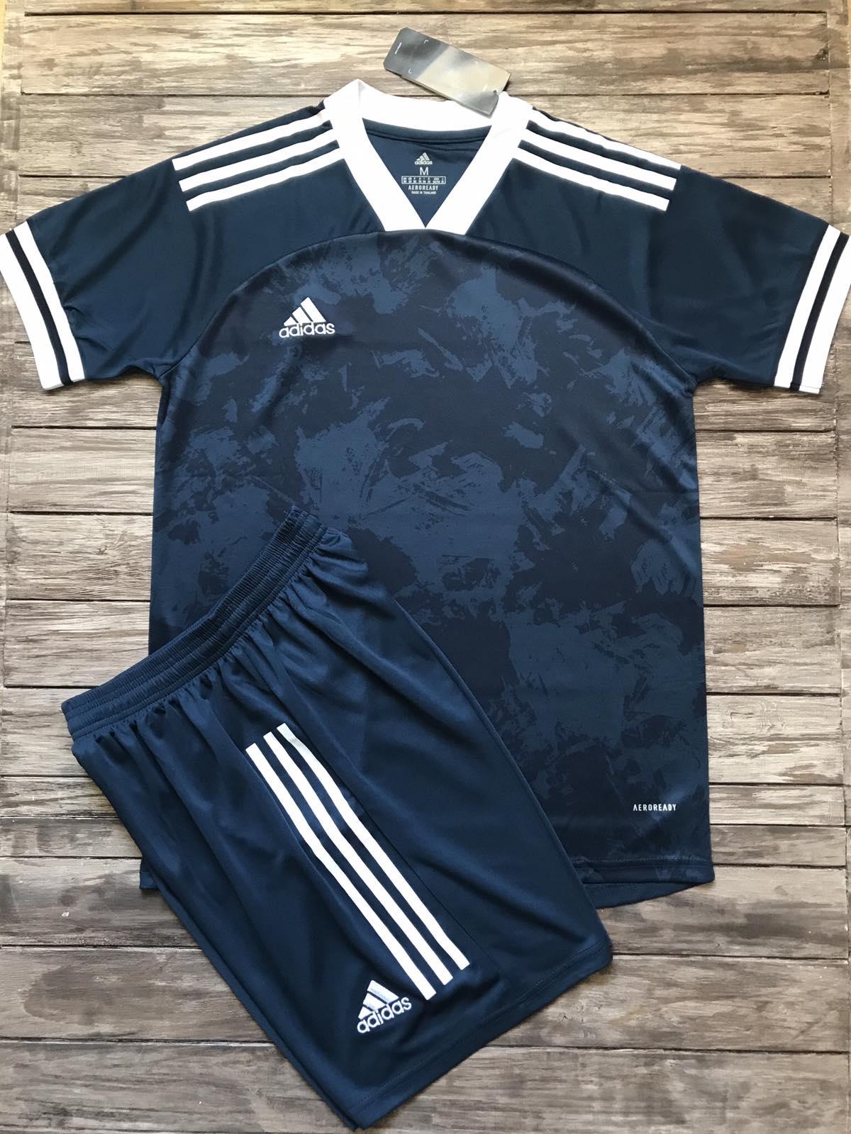 Футбольная форма Adidas 2021 синяя