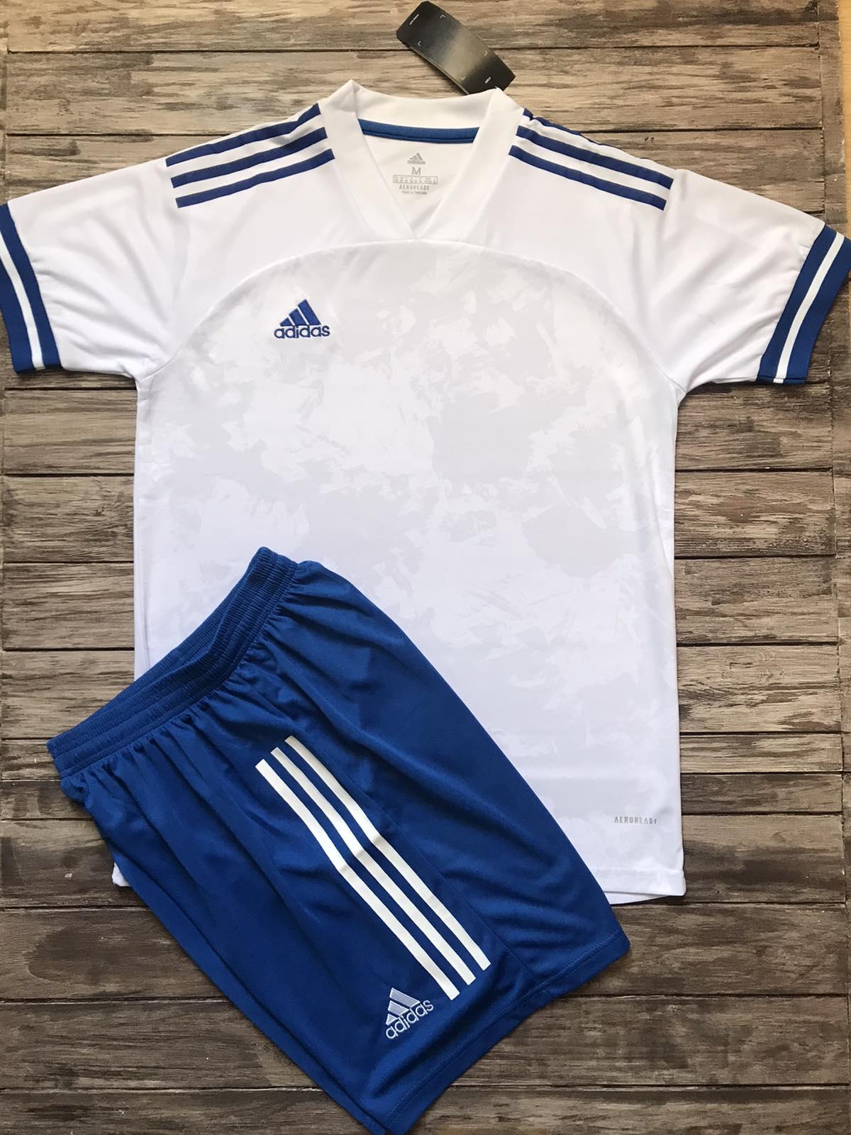 Футбольная форма Adidas 2021 белая
