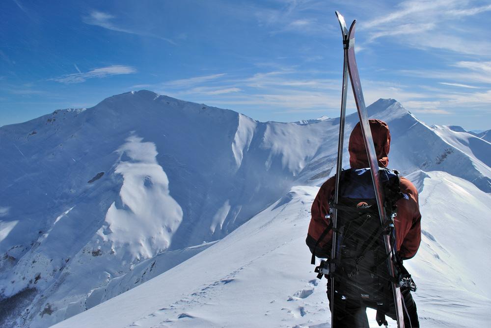 купить Лыжи, снег