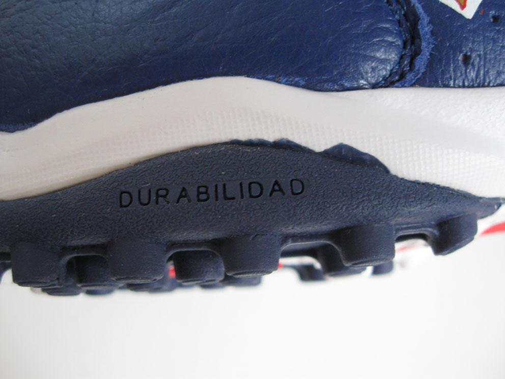 обувь для футбола адидас